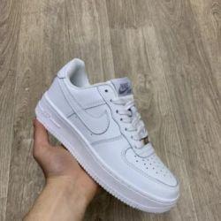 Nike Hava Kuvvetleri Spor Ayakkabıları