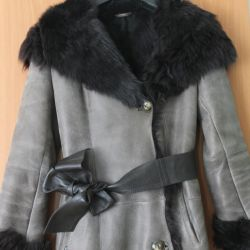 High quality sheepskin coat from the fur of Tuscany