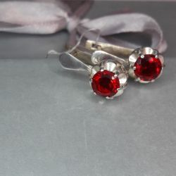 Earrings are made of 925 silver. Weight 3.59 gr