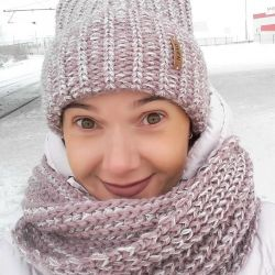 Set of hat scarf snood