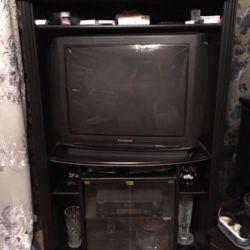 Panasonic TV + nightstand