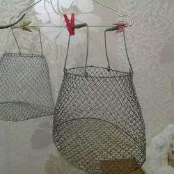 Aluminum mesh for fish carrying and storage.