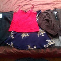 Νέες φούστες και μπλούζες