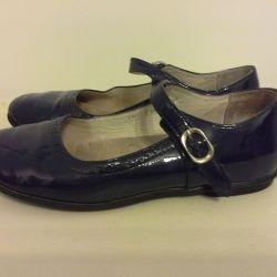 Firma de pantofi Twins (Serbia) dimensiunea 34