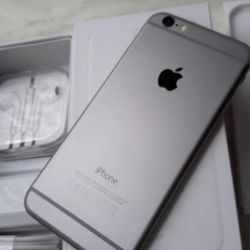 New iPhone 6 (64gb), space gray
