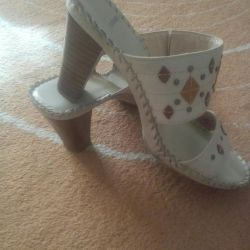 Leather shoes / sandals 37