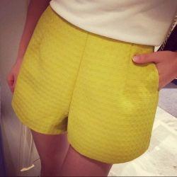 New shorts M