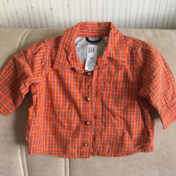 Gap shirt 3-6 months new