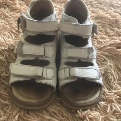 Orthopedic sandals for girls - size 28!