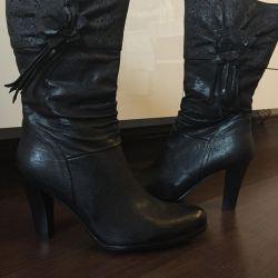 Нові чоботи натуральна шкіра