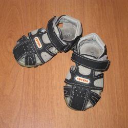 Sandals for kids