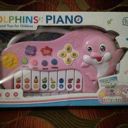 Piano Dolphin.