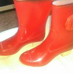 Lastik çizmeler 39r