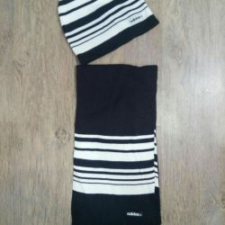 Hat and scarf Adidas