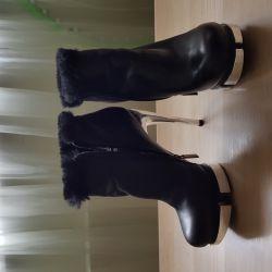 Kadınlar için kışlık botlar