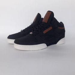 Reebok sneakers winter