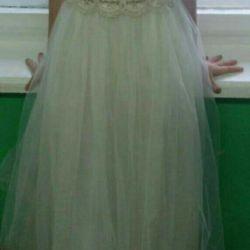 Φόρεμα μεγέθους 34
