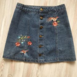 Denim shorts / skirts