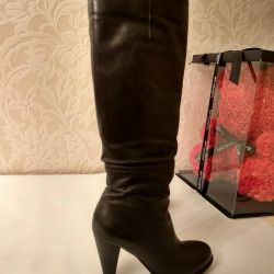 Leather boots 36r