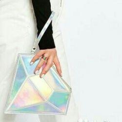 Τσάντα συμπλέκτη διαμαντιών