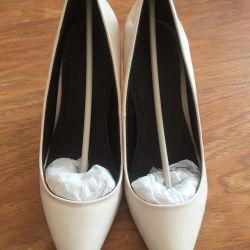 Lac ayakkabı