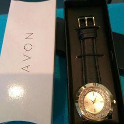New women's quartz watch Avon