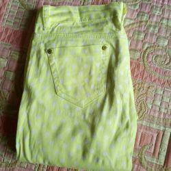 Легкие брюки на девочку