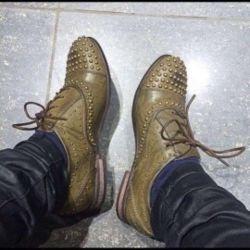 Incaltaminte pentru pantofi