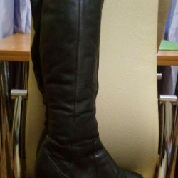 Boots 40 size.