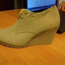 Νέες μπότες 36