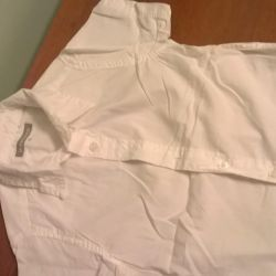 White shirt with short sleeve cotton