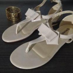 Sandale 36 r.