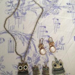 Earrings and pendants