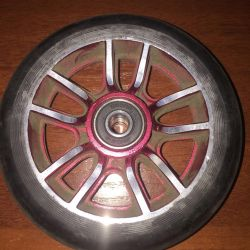 Wheel for stunt scooter