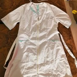 Medical smock with a cap