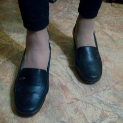 Demi-season shoes