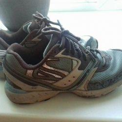 Spor ayakkabılar 36r.