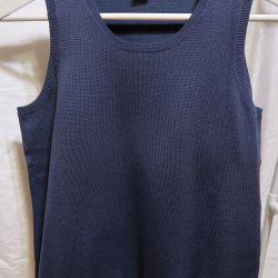 New silk top sleeveless dkny. Original