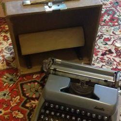 Печатная машинка Москва СССР
