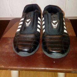 Sneakers 39p.