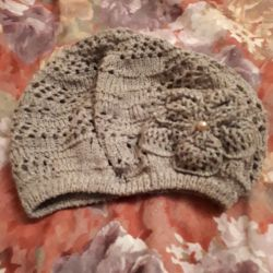 Knitted beret, cap