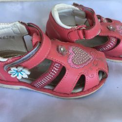 Sandals girl 2-3 years