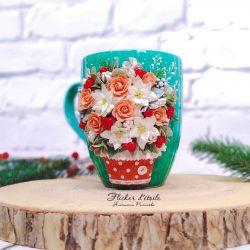 Decor mugs made of polymer clay. Flowers