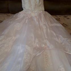 Платье свадебное, фата в подарок! СРОЧНО