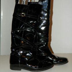 Yves Saint Laurent μπότες. Αρχικό
