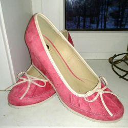 suede shoes p.40