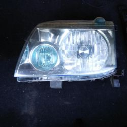 Headlight on nissan xtrail