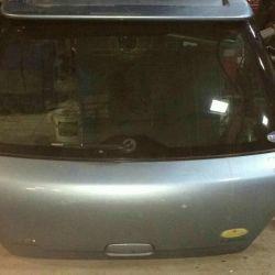 Subaru trunk lid