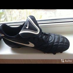 Boots bu spike nike original 42p