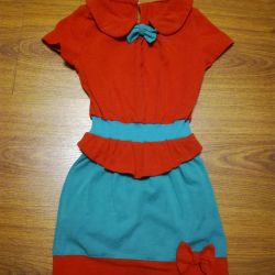 Suit 98-104. Skirt and blouse. Baby clothes